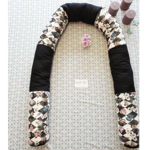 Alice im Wunderland Nestchenschlange - Bettnudel 2m